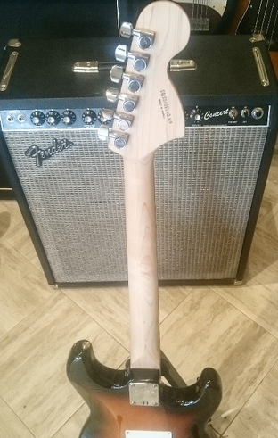 Squier stratocaster Left handed